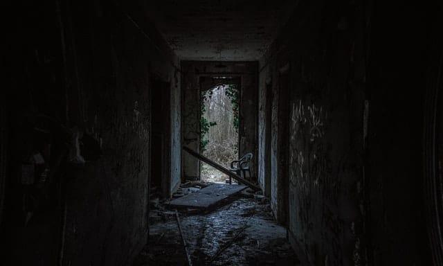 skummelt hus 10
