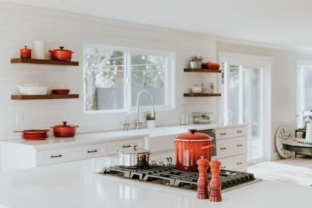 Kjøkken hylle 2