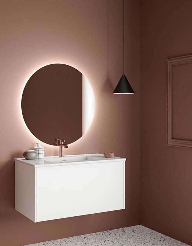 bad med speil